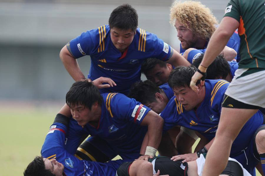 前節、ヤマハ発動機を追い詰めたNTTコムは横浜で東芝と対戦。まずはFW戦を制したい photo by Kenji Demura