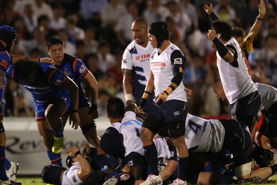 ヤマハ発動機としてはスクラムの強さが際立った開幕戦の再現するような内容で2年ぶりとなる日本一へ王手をかけたい photo by Kenji Demura