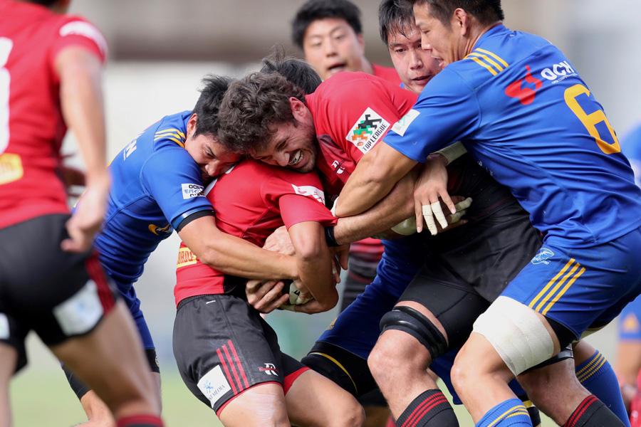 5位のNTTコムよりも下位だが、昇格チームながら4勝を挙げたNTTドコモの善戦ぶりは光った photo by Kenji Demura