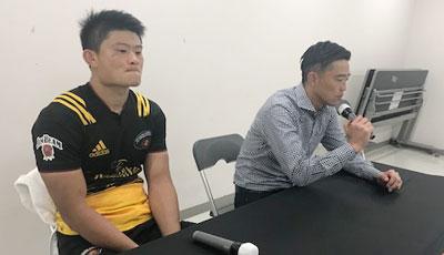サントリーサンゴリアスの沢木監督(右)、村田ゲームキャプテン