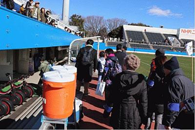 ファン限定の施設見学も行われた