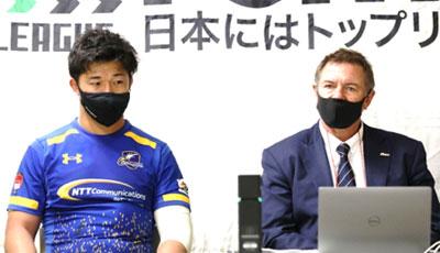 NTTコミュニケーションズシャイニングアークスのリースエドワード ヘッドコーチ(右)、中島進護 共同キャプテン