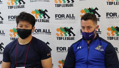 左から石井選手、レイドロー選手