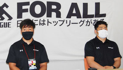 布巻選手(左)、松田選手