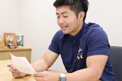 ▲朝の声を担当する松尾将太郎選手